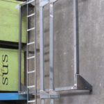 架台と梯子